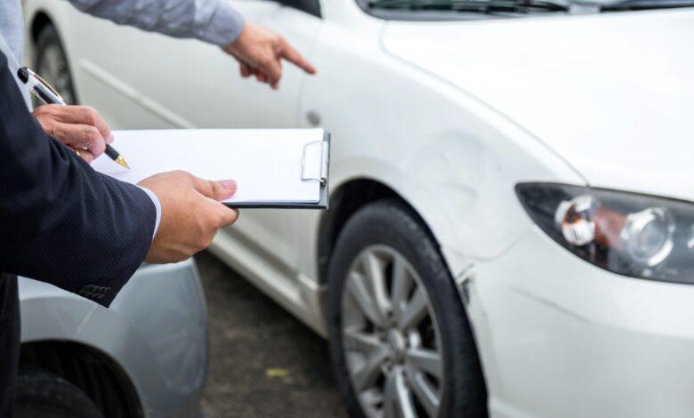 Avantages et inconvénients de regrouper les assurances auto et habitation