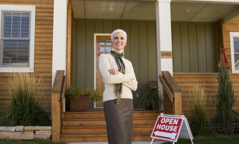 Comment les agents immobiliers sont-ils payés?
