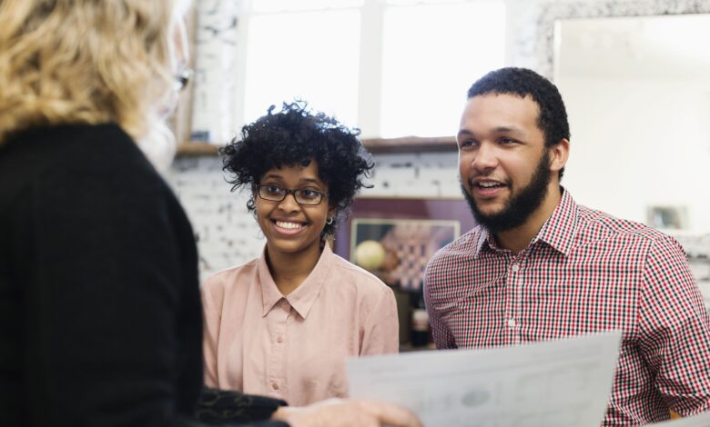 Comment trouver un courtier hypothécaire ou un agent des prêts bancaires