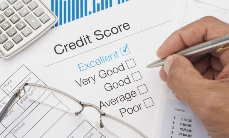 Le refinancement d'un prêt affecte-t-il les cotes de crédit?