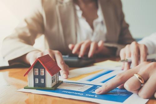 Photo of Les prêts hypothécaires resteront stables malgré la pandémie – Banque du Canada