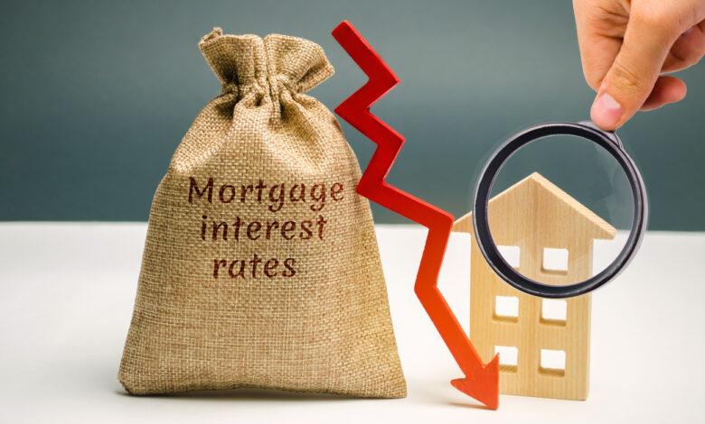 Les taux hypothécaires chutent alors que la crise économique persiste
