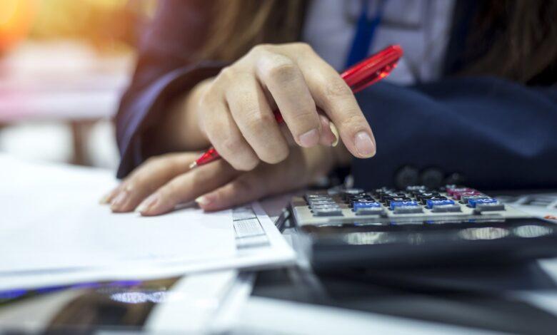 Ratios d'endettement typiques (D / E) pour le secteur immobilier