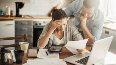 Photo of De plus en plus de Canadiens sont préoccupés par leurs dettes