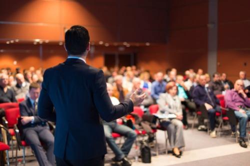 Photo of L'éducation au centre de la conférence MPC