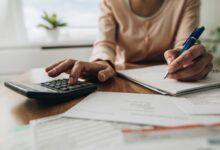 Photo of Les ménages canadiens parviennent à épargner de moins en moins – rapport