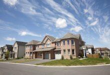 Photo of Au milieu du ralentissement des ventes, les prix des maisons à Toronto continuent d'augmenter