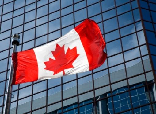 Photo of Les prêteurs américains reviennent au Canada?