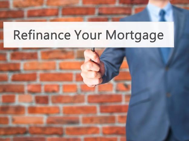 Photo of Pourquoi vous devriez refinancer votre prêt hypothécaire maintenant