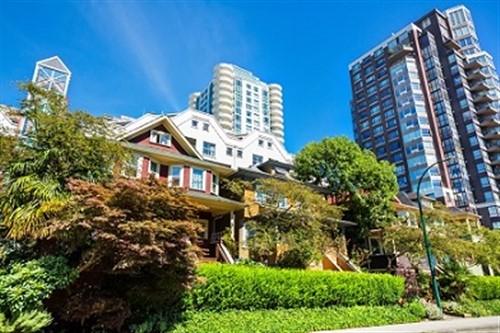 Photo of Le secteur des ventes résidentielles de Vancouver atteint de nouveaux sommets absurdes