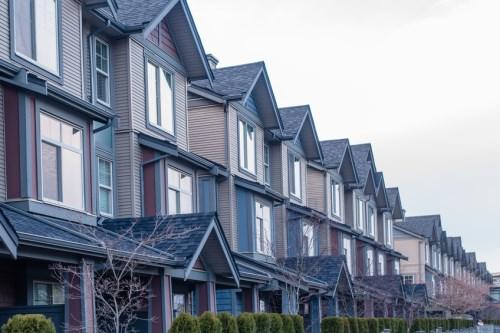Photo of Les prix des maisons au Canada ont connu la plus forte augmentation depuis plus d'une décennie
