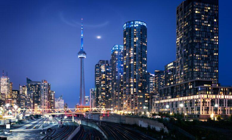 Les prix des logements au Canada devraient augmenter en 2021: Royal LePage