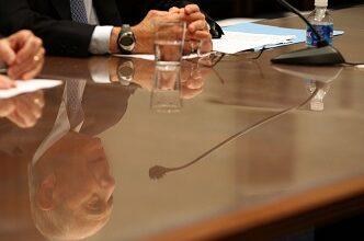 Photo of Les courtiers font part de leurs préoccupations aux politiciens