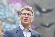 Photo of Le maire de Vancouver déplore une intervention provinciale tardive alors que les ventes diminuent