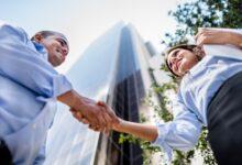 Photo of Un grand rapport bancaire souligne l'importance des services fournis par les courtiers