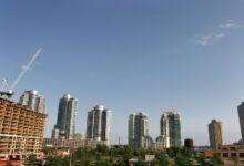 Photo of De nouvelles règles hypothécaires entrent en vigueur alors qu'Ottawa tente de refroidir les marchés de Toronto et de Vancouver