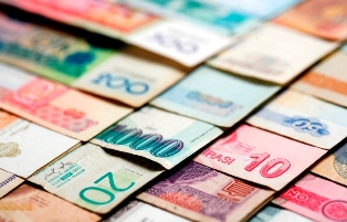 Canadian finance managers weigh in on foreign money