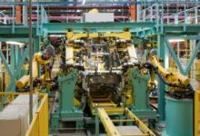 Photo of Les secteurs de la fabrication et des services stimulent l'économie canadienne en avril