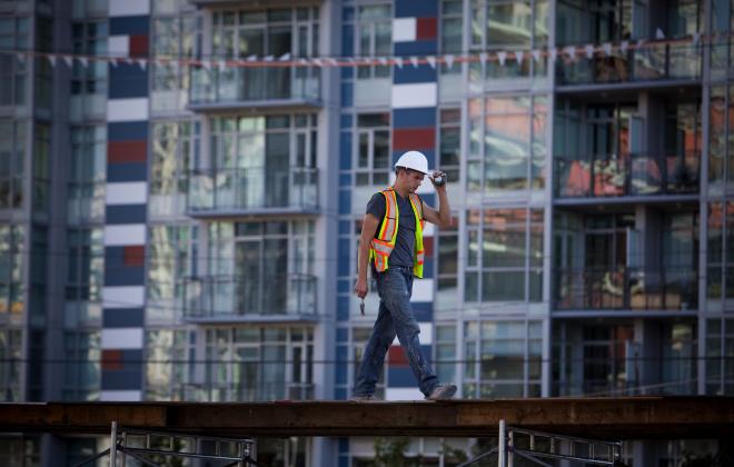 Photo of Les grandes banques considèrent les développements de condos comme un risque plus faible