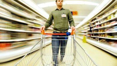 Photo of La confiance des consommateurs tombe sur les préoccupations de l'économie mondiale
