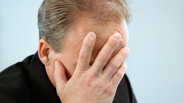 Photo of L'agent immobilier a laissé le rouge face aux farceurs de la télévision