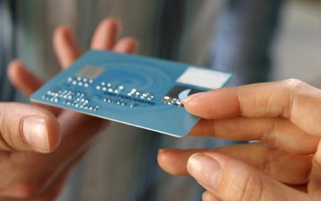 Photo of Les courtiers se diversifient en offrant du crédit à la consommation