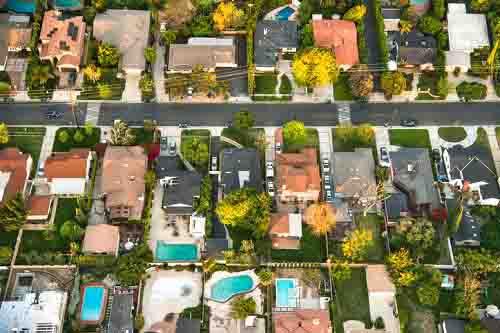 Photo of Ce qu'une taxe sur les maisons de luxe pourrait signifier pour le marché du logement de Toronto