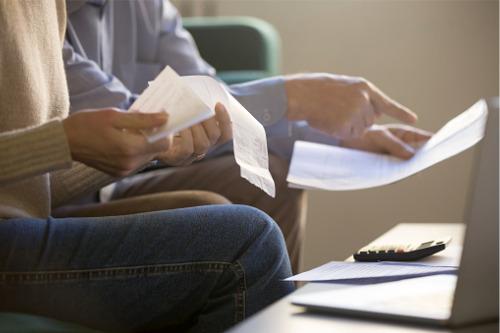 Photo of Les Albertains accablés par la montée du chômage et les prêts hypothécaires en souffrance