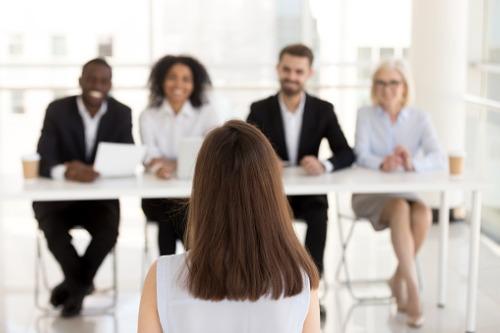 Photo of Questions que les agents et les courtiers devraient poser aux employeurs potentiels